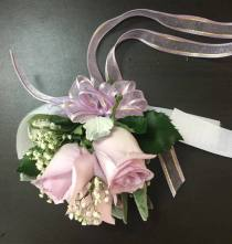 Corsage for the mother of the bride