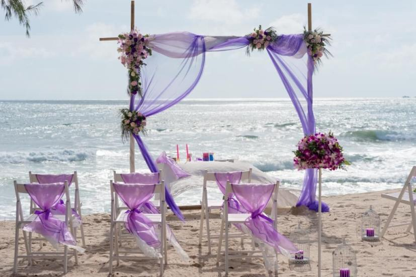 Small Wedding Ideas for a Simple Beach Wedding in Phuket