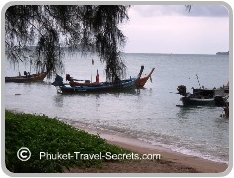 Longtail boats are ideal for getting from beach to beach or nearby offshore Islands in Phuket.