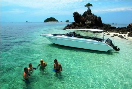Phi Phi Island Tour Indonesia