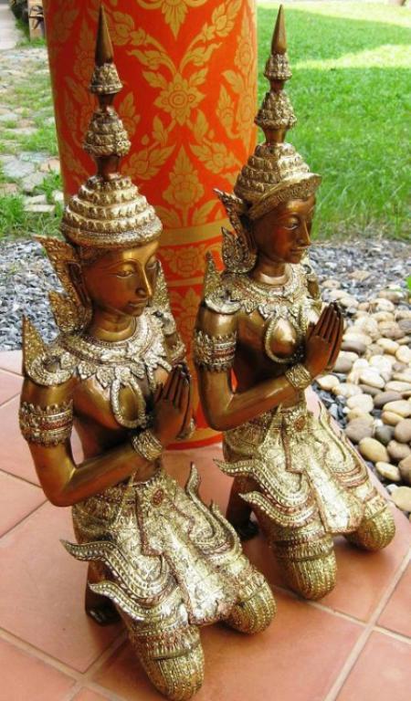 Polished Brass Kneeling Teppanom Thailand Souvenirs