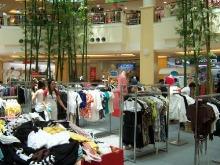 Shopping at Jungceylon