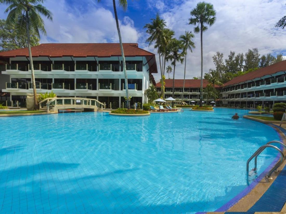 Amora Beach resort at Bangtao Beach