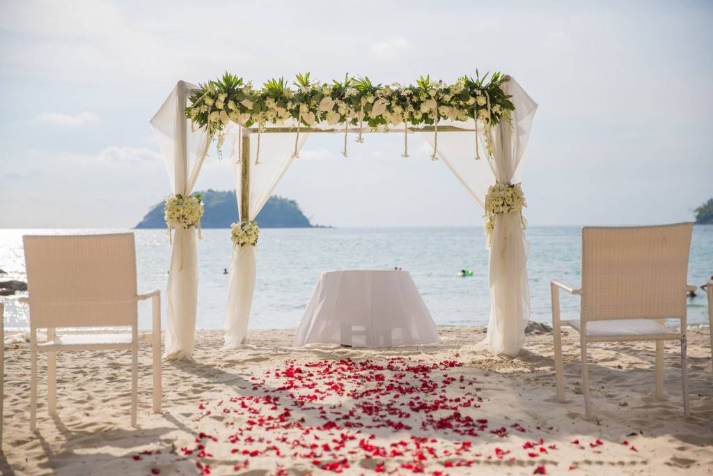 Weddings on the beach in Phuket & Beyond