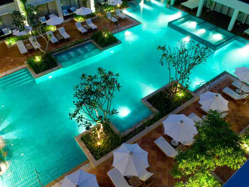 Banthai Beach Resort swimming pool