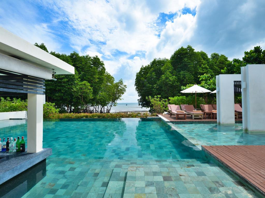 Bhu Nga Thani Resort at Railay Beach, Krabi