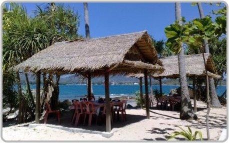 Bon Island Restaurant sala'a by the sea