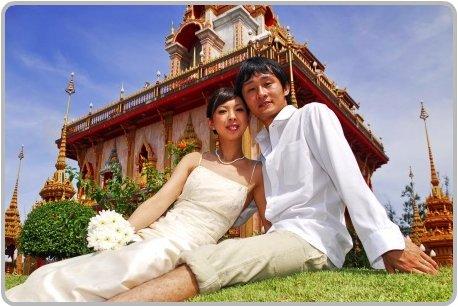 Wedding at Wat Chalong