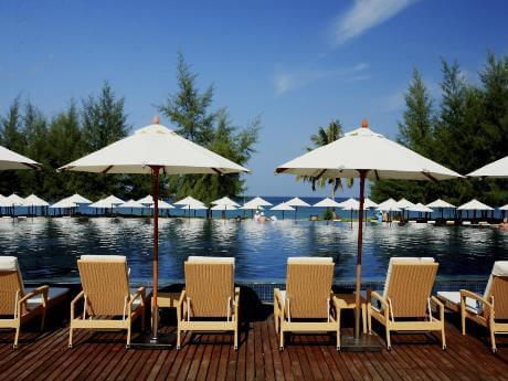 Grand West Sands Resort, Mai Khao Beach Phuket