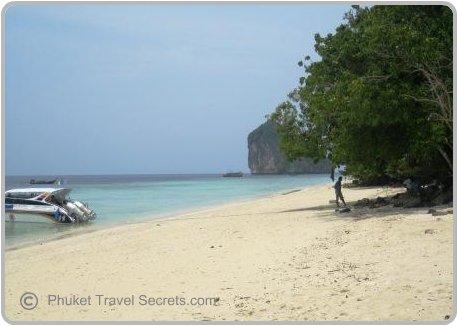 Speed boats on the Beach at Chicken Island, Krabi
