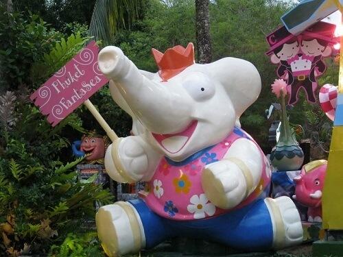 The kids will enjoy Phuket Fantasea