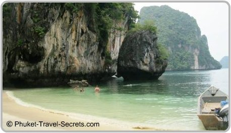 Hong Island day trips from Krabi.
