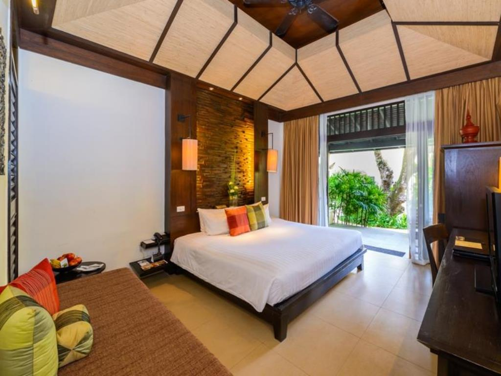 Impiana Phuket Superior Garden View Room