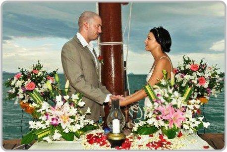 Junk Weddings in Phuket