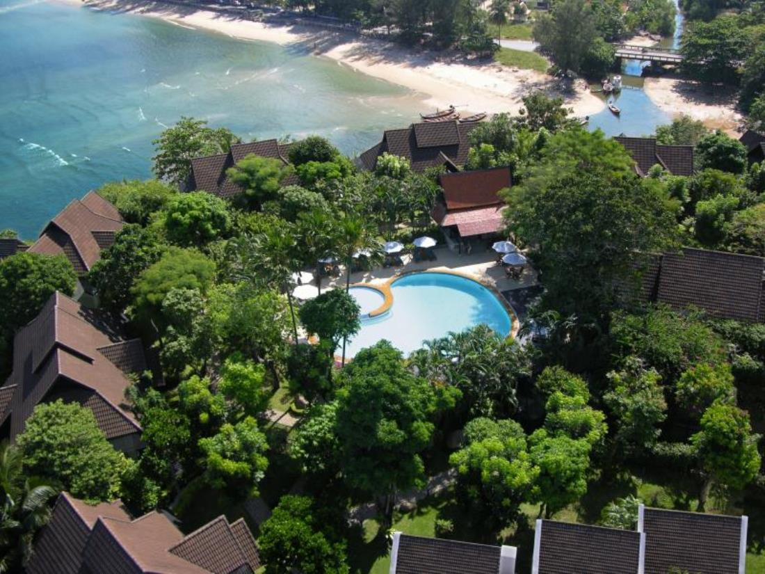 Kamala Estate Beach Hotel