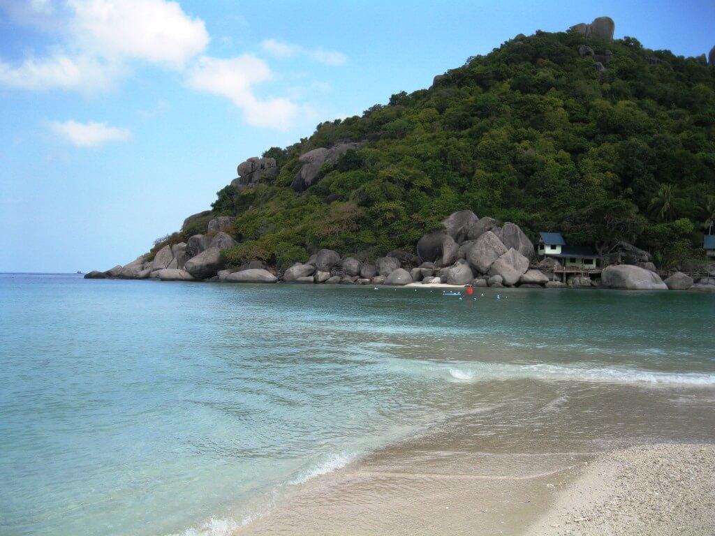 High tide at Nang Yuan Island