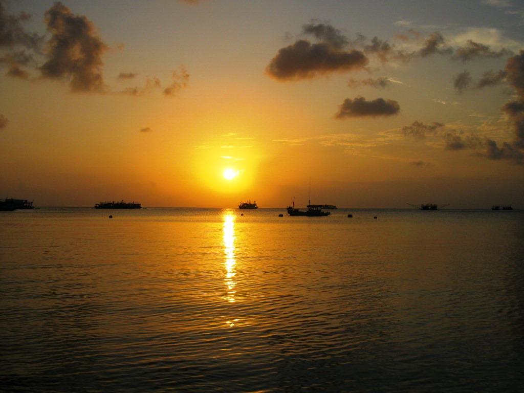 Sunset at Sairee Beach, Ko Tao