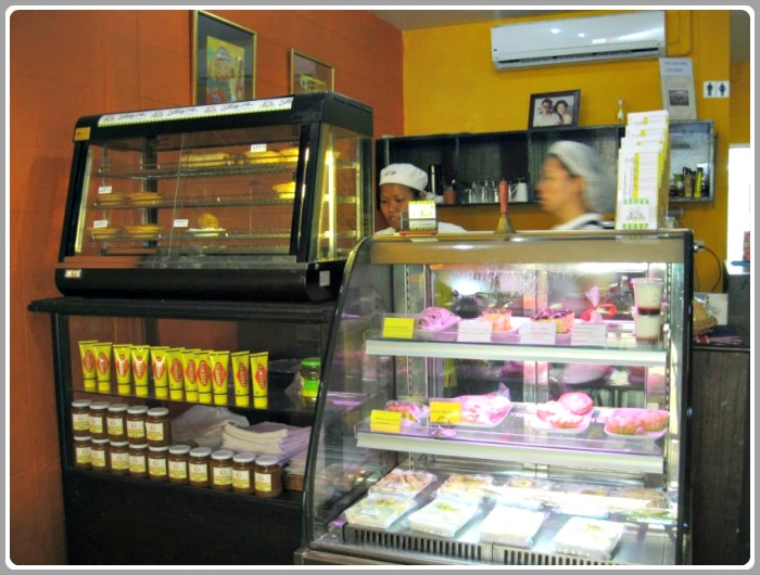Choose from a selection of yummy meat pies, sausage rolls and tasty treats at Lady Pie.
