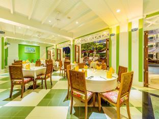 Maneekram Restaurant