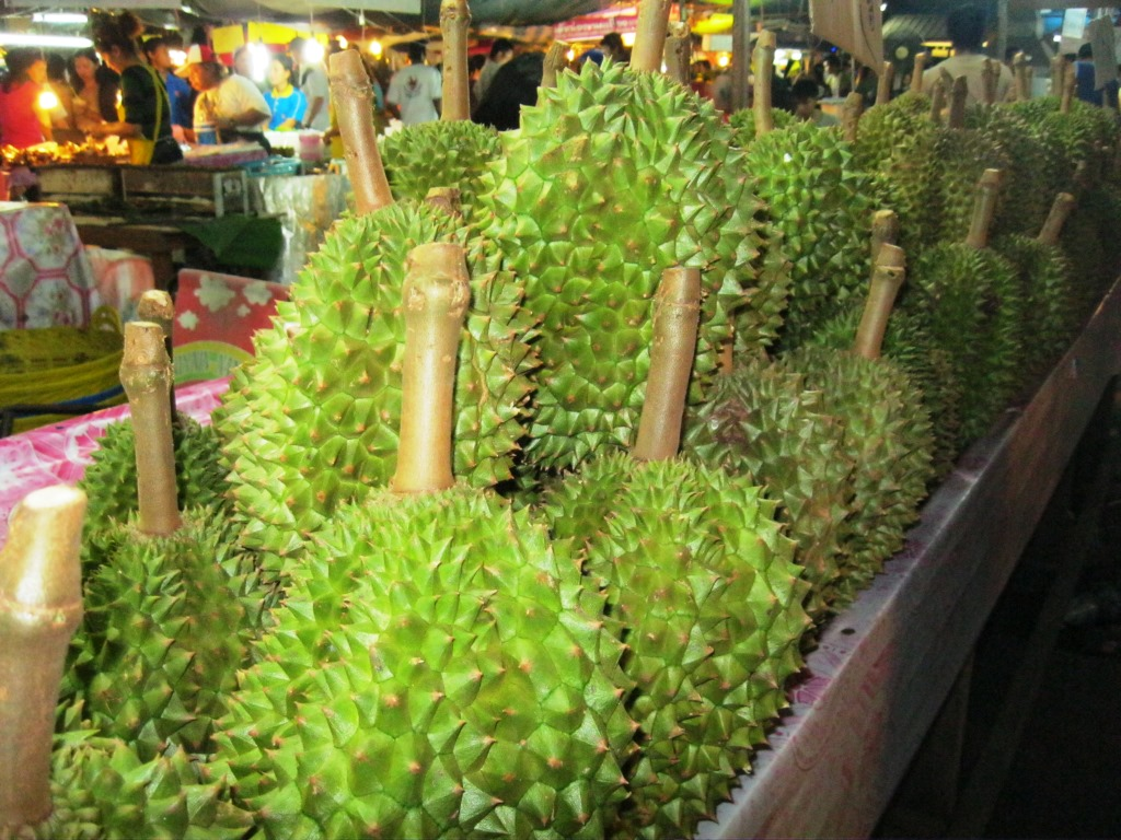Phuket markets are loaded with fresh fruit & vegetables