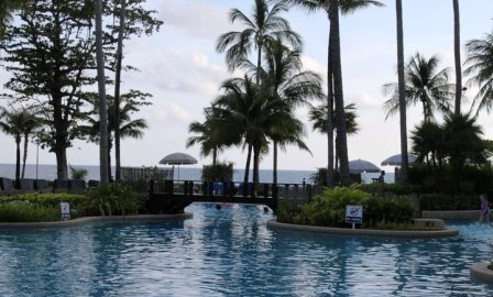 Merlin Beach Resort at Tri Trang Beach, Phuket