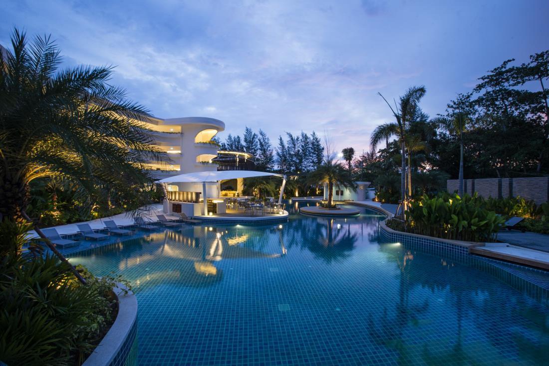 Novotel Karon Beach Resort, Phuket