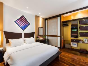 Deluxe Room Sunset Wing