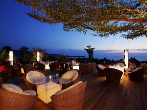 360 Bar & Grill at the Pavilions Phuket