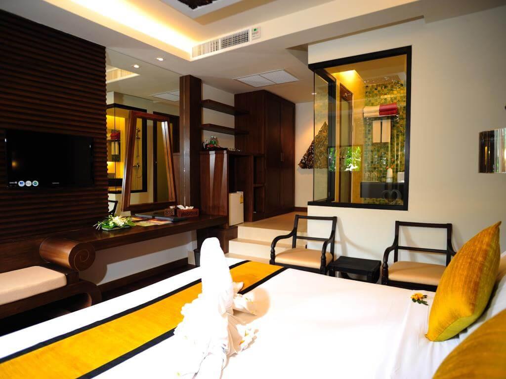 Peach Hill Resort Villa Jacuzzi Room