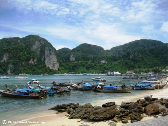 Phi Phi Activities