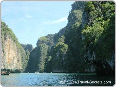 Pileh Bay. Koh Phi Phi