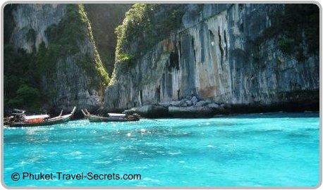 Loh Samah Bay, Phi Phi islands.
