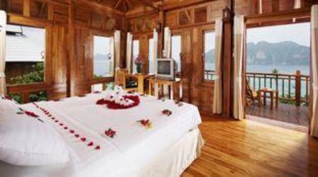 Deluxe Villa at the Phi Phi Beach resort