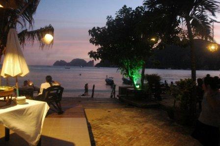 Phi Phi Villa Beachfront Restaurant