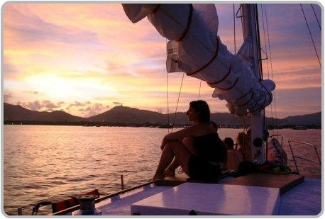 Sunset sail tours with SweetDreamers