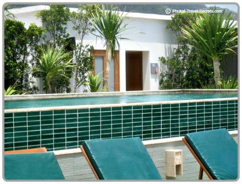 Rooftop swimming pool at the Sea Patong.
