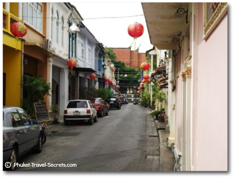 Small and comfortable guesthouses in Soi Rommanee in Phuket Town