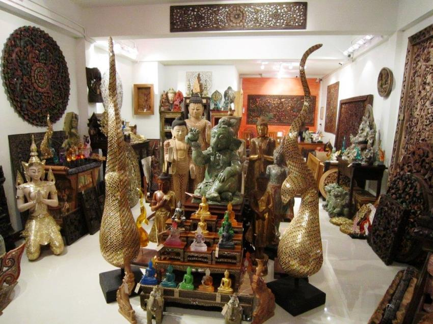 Guided shopping tours in Phuket.