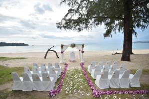 Phuket all-inclusive Beach wedding Package