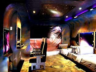 Talay karon beach resort phuket phuket hotels resorts for Outer space bedroom design
