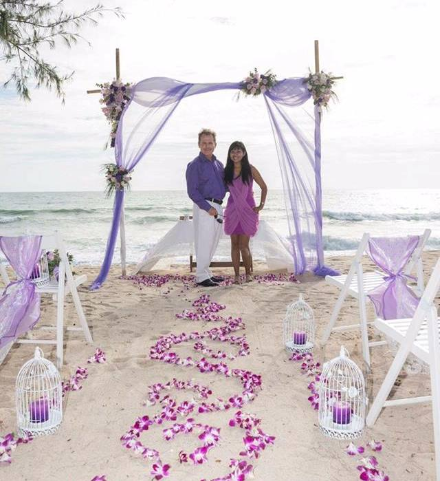 Toom & Paul from Phuket Wedding Flowers