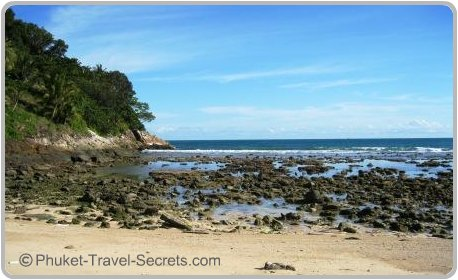 Low tide at Tri Trang Beach in Phuket