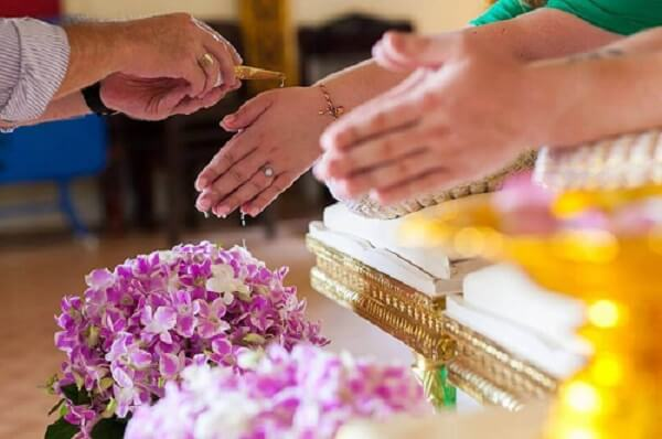 Buddhist Weddings & Water Blessing at Wat Chalong