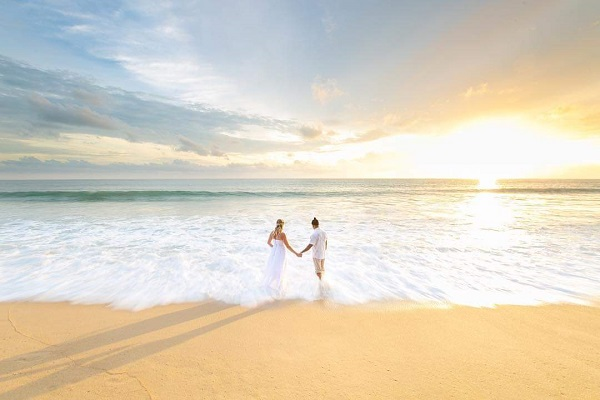 Weddings on the beach beyond Phuket