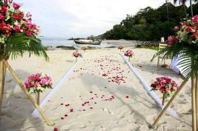 where is the best place to have a wedding in phuket