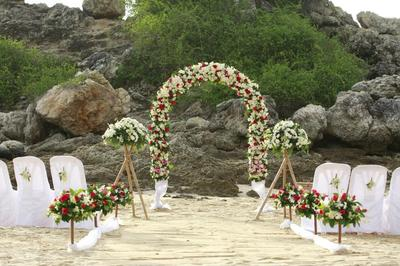 Yanui Beach Wedding Setting