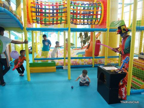 Kids of all ages enjoying the facilities at the Kids Club in Patong.