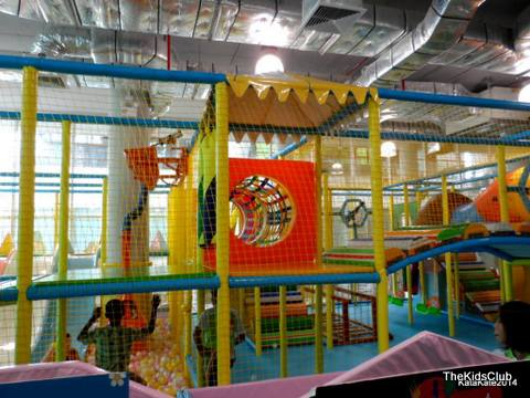 Interactive and Fun activities at the Kids Club