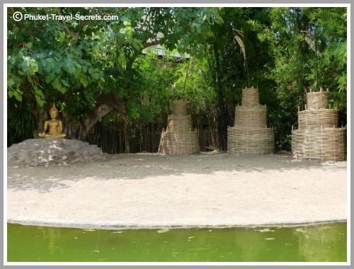 Grounds of Wat Pan Tao