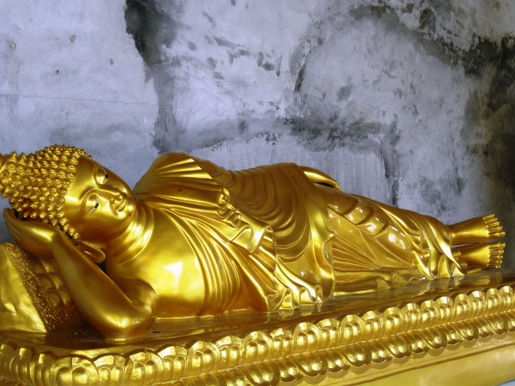 Buddha Statues in Temples and Wats in Phuket